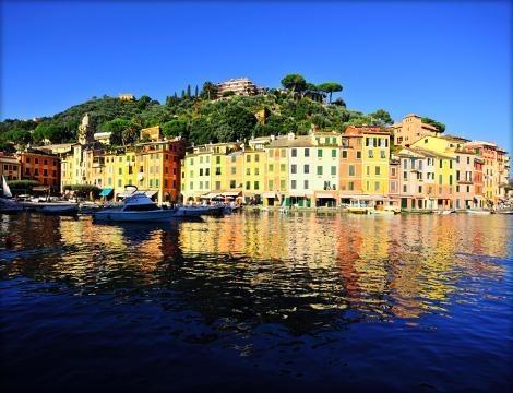Vuoi passare una giornata diversa? Fai una gita in battello a  Portofino con partenza da Genova per 1 persona a. La Liguria dal mare è ancora più bella!