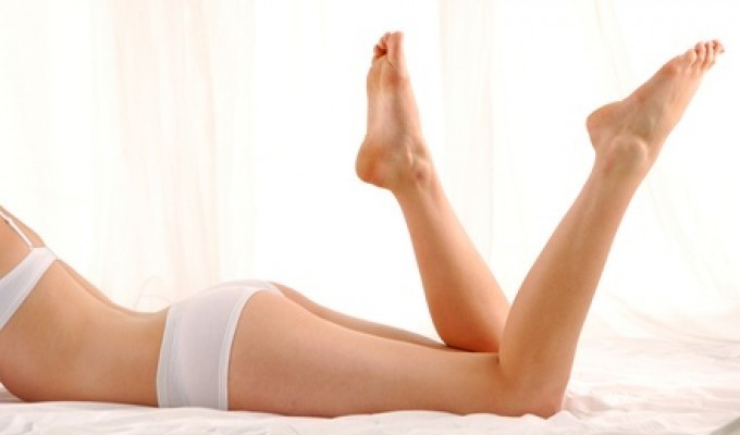 Bendaggio gambe rinfrescante, drenante e defaticante + massaggio linfodrenante.  Durata trattamento 1 h circa. Addio alla buccia d'arancia e agli accumuli adiposi con lo Studio Massofisioterapico Colombo nella centralissima Via Colombo!
