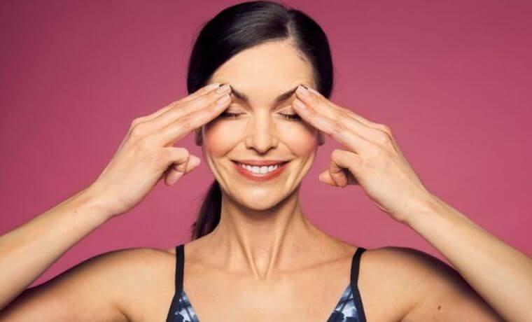 3 lezioni collettive di Yoga facciale e automassaggio del viso