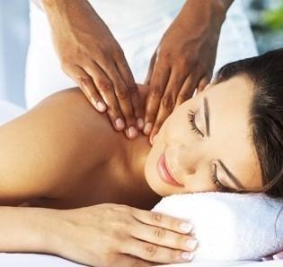 1 massaggio Ninfea per risvegliare i tuoi sensi nella centralissima via della Libertà da Tiziana Sorrentino estetista e naturopata!