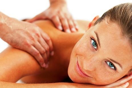 Nuova apertura 1 massaggio da 60 minuti a scelta tra decontratturante,  rilassante o linfodrenante nella centralissima Piazza Colombo da Pf Progetto Benessere!