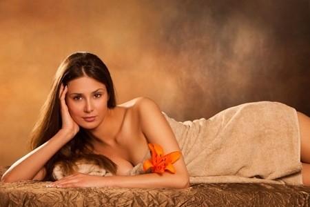 Speciale San Valentino! Solo 19,90 per 60 minuti di trattamento detossinante corpo  con utilizzo di fanghi + massaggio viso con pietre calde da Ricominciamo da me 1.0 in via Ciro Menotti a Sestri Ponente!