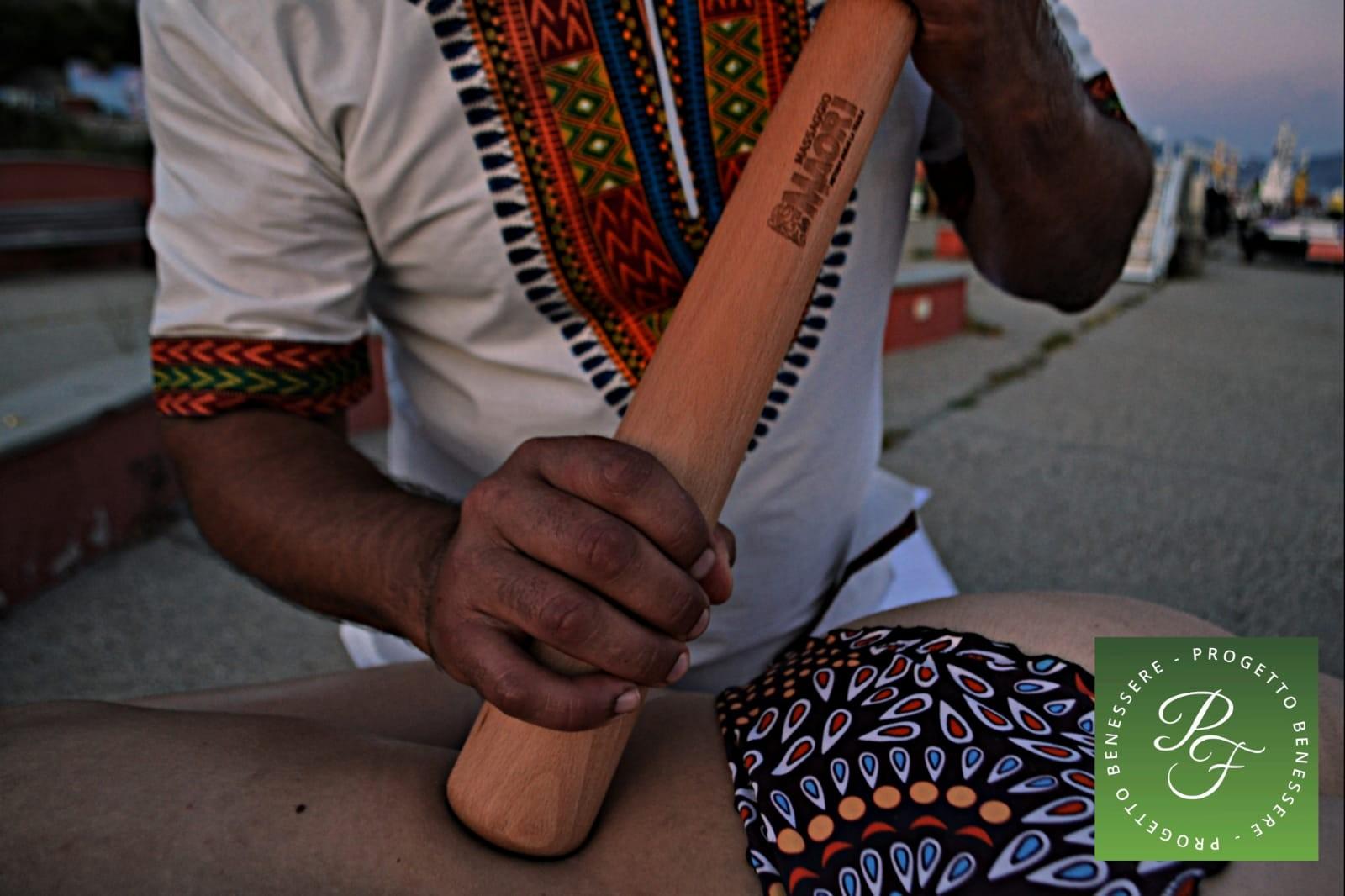 Nuova apertura! per 1 massaggio da 60 minuti a scelta tra maori, coppettazione, decontratturante,  rilassante o linfodrenante nella centralissima Piazza Colombo da Pf Progetto Benessere!