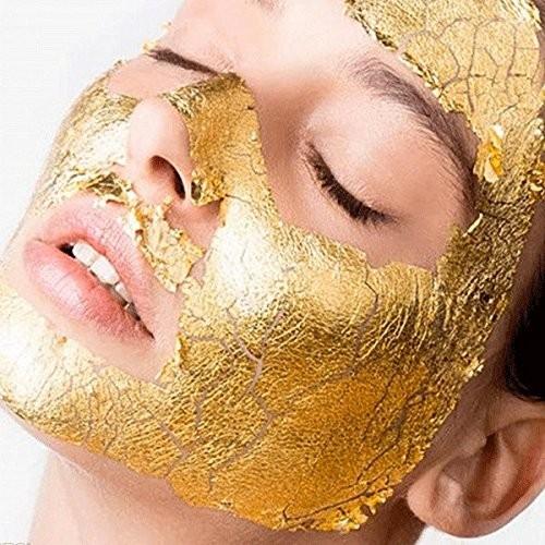 Offerta da prendere al volo! Scrub viso + maschera all'oro e massaggio linfodrenante  finale al viso! Da Estetika Vale  in via Colombo!