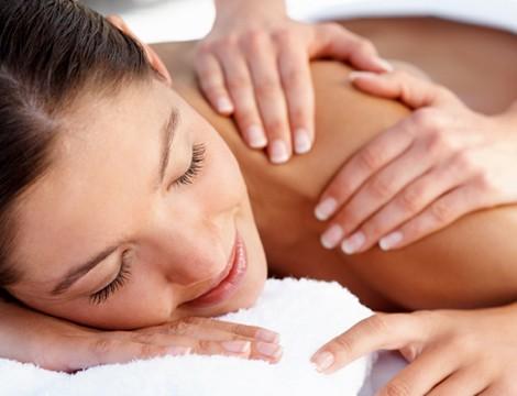 Massaggio testa collo e schiena nella centralissima via Maragliano da Daniela Marzano