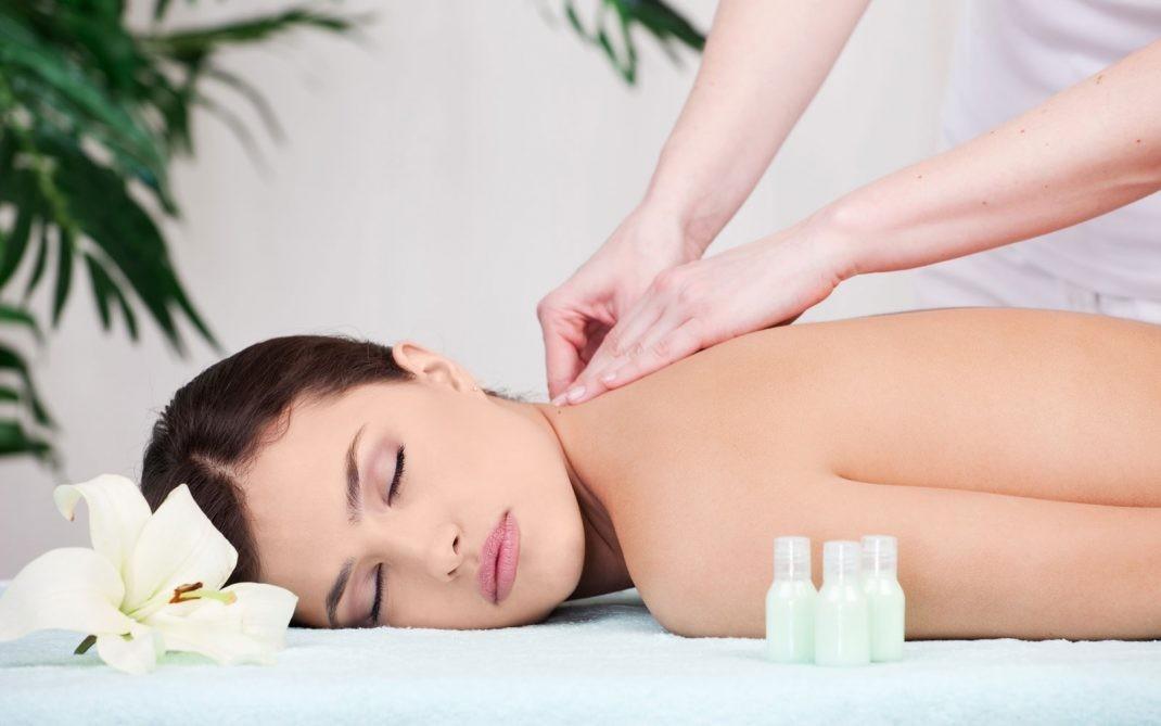 In centro! 3 massaggi da 45 minuti a scelta tra linfodrenante o miofasciale dallo studio G.V.T. Salute&Benessere.