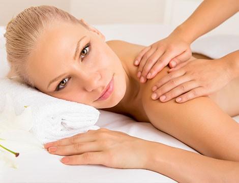 1 massaggio tantrico da 60 minuti riservato alle donne nella centralissima via della Libertà!