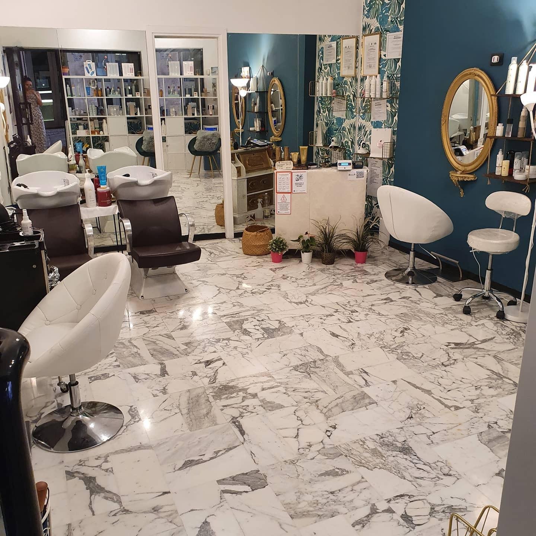 Nuova apertura! Taglio,  shampoo, maschera nutriente e piega nel cuore di Genova in Vico dell'Antica Accademia da Michelle Hair Designer!