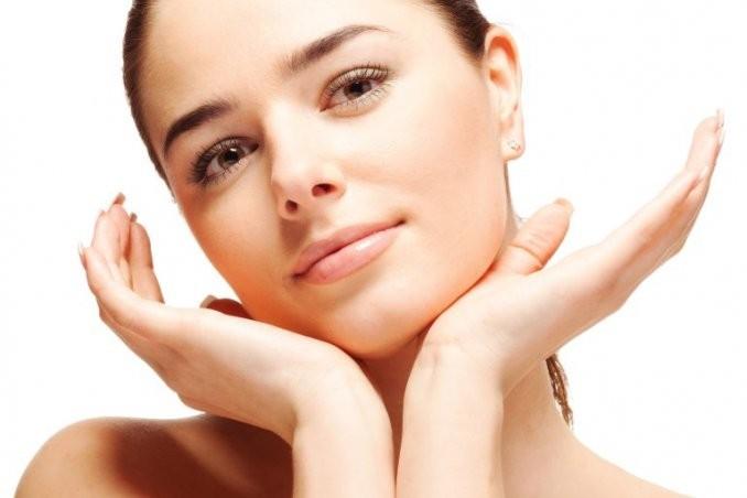 Super offerta! Trattamento viso con digito pressione viso collo e testa