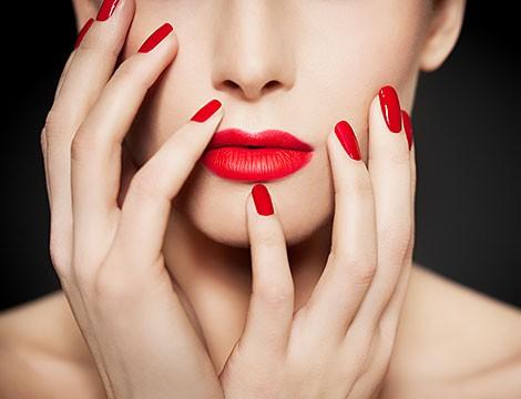 Solo 10 coupon!! Da Studio M by Maison Moda nella centralissima Via san Vincenzo. Manicure completa +applicazione semipermanente. La rimozione è inclusa.