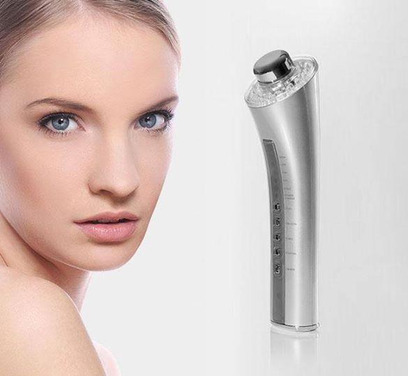 Pulizia viso con trattamento personalizzato con nuova tecnologia Skin cell Tronic nella centralissima via della Libertà da Tiziana Sorrentino estetista e nauropata!