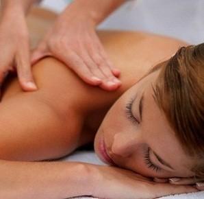 1 massaggio massofisioterapico da 50 minuti a scelta tra decontratturante, connettivale presso Equipe Benessere Globale nella centralissima via XX Settembre!